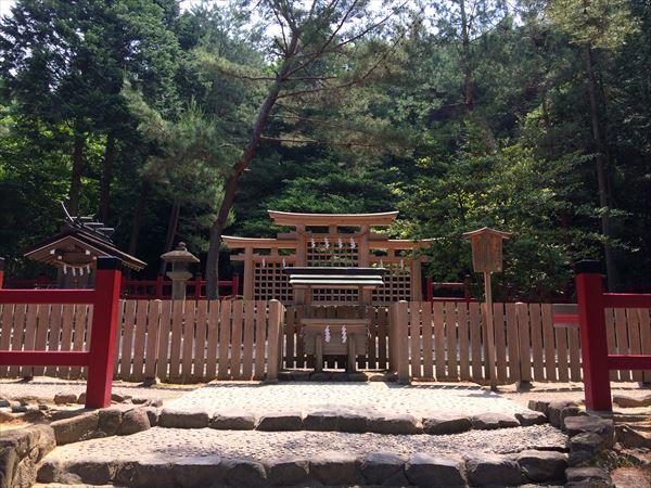檜原神社|三輪山を遥拝する元伊勢とも呼ばれる神社。三輪の大物主大神と檜原の天照大